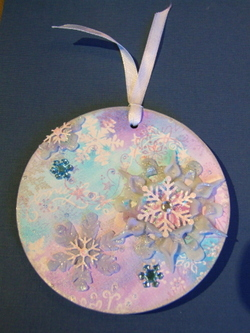 Snowflake_ornament_front_1